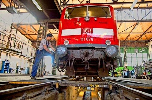 Bahn-Mitarbeiter besorgt um  Jobs
