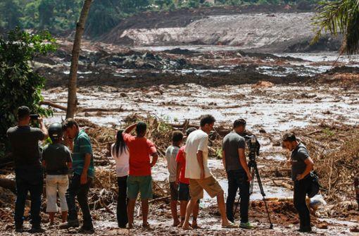 Ein Dammbruch gefährdet den TÜV Süd