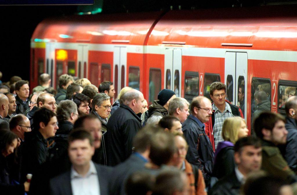 Moderne Technik kann die Zuverlässigkeit und Kapazität der S-Bahn deutlich steigern, sagt Thomas Bopp. Foto: dpa