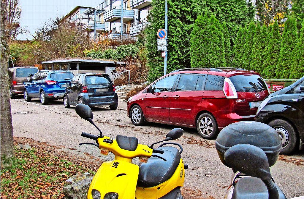 Die Wohngebiete Schranne und Endelbang werden gerne von Nicht-Anwohnern als kostenlose Parkmöglichkeit genutzt. Foto: Jacqueline Fritsch