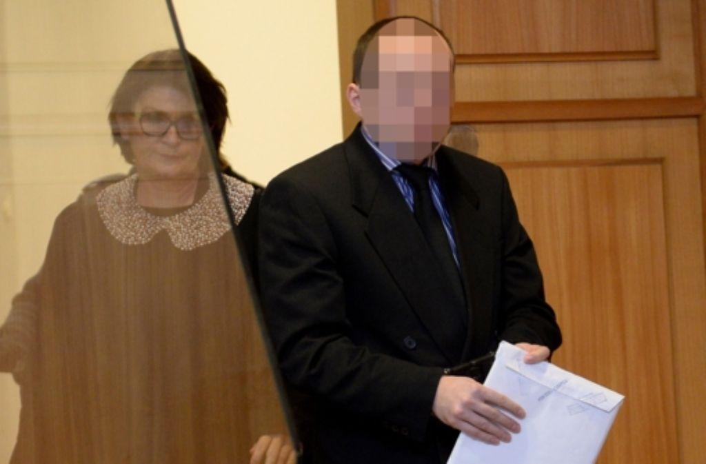Der Serienbrandstifter vor Gericht. Foto: dpa