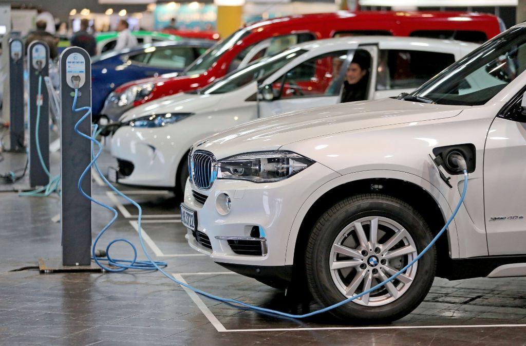 ie EU-Kommission plant keine verbindliche Quote für Wagen mit Elektroantrieb. Foto: dpa-Zentralbild