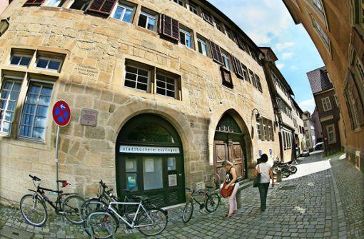 Die Bücherei bleibt im Bebenhäuser  Pfleghof
