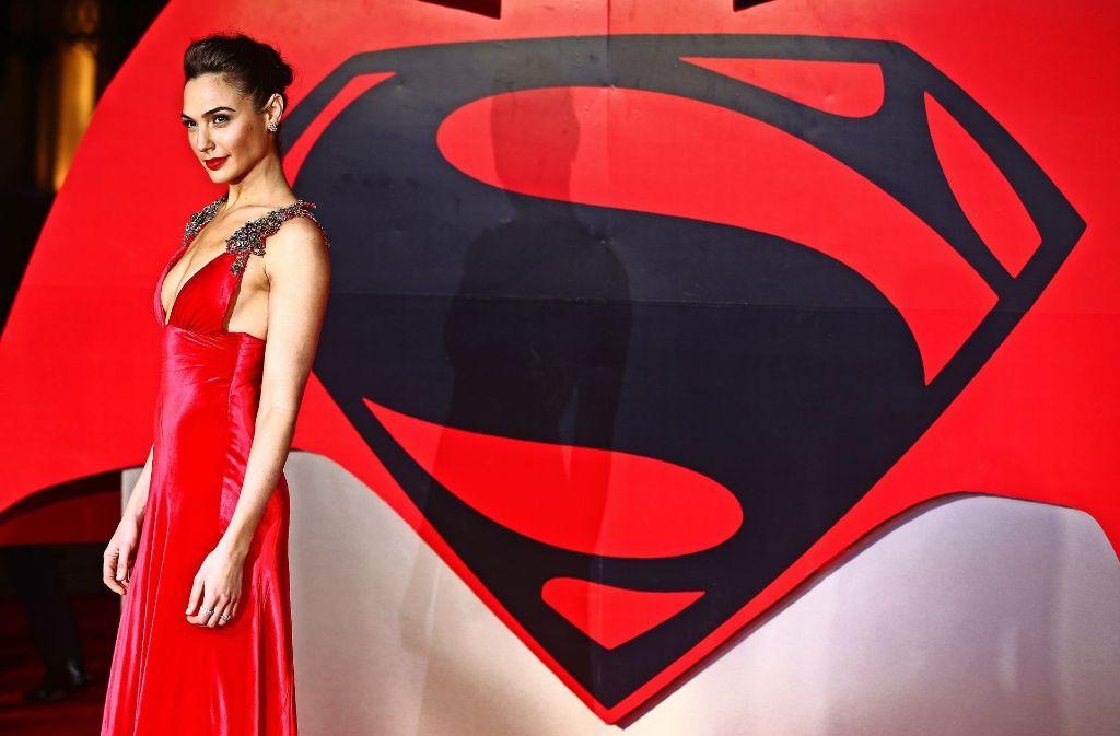 Die Schauspielerin Gal Gadot verkörpert für die Israelis  nicht nur im Kino  eine Superfrau mit femininer Ausstrahlung und feministischer Ader Foto: AFP
