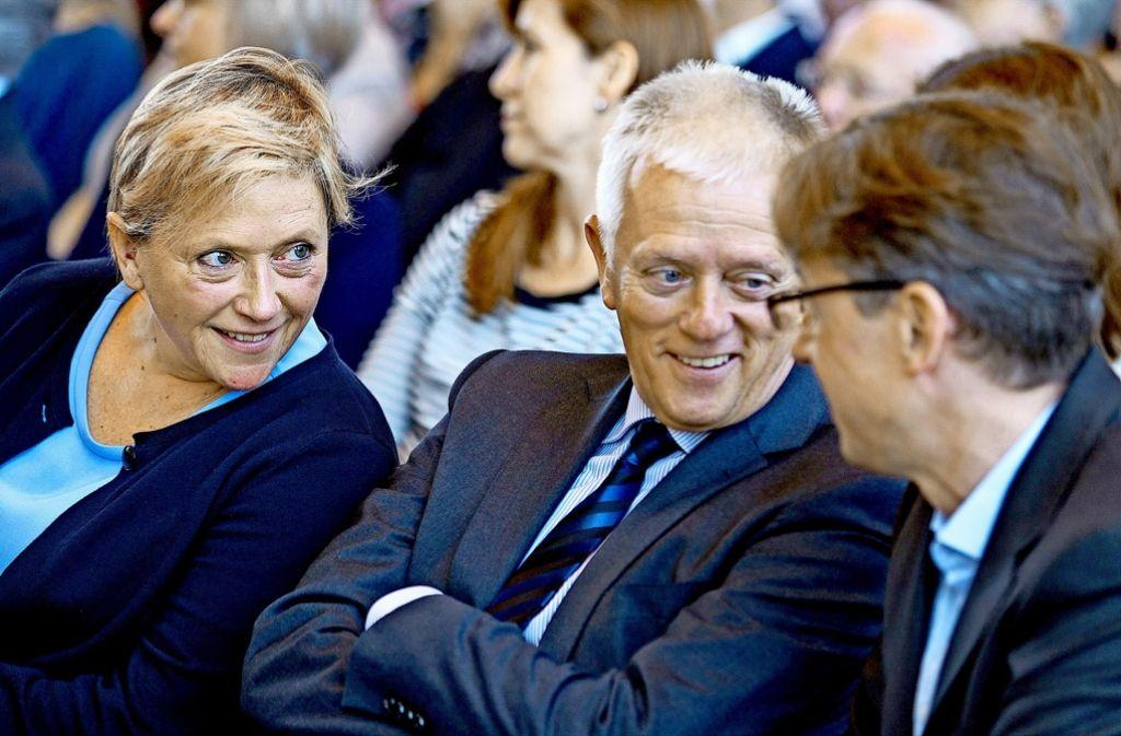 Susanne Eisenmann im Gespräch mit Fritz Kuhn und Michael Föll Foto: Lichtgut/Leif Piechowski
