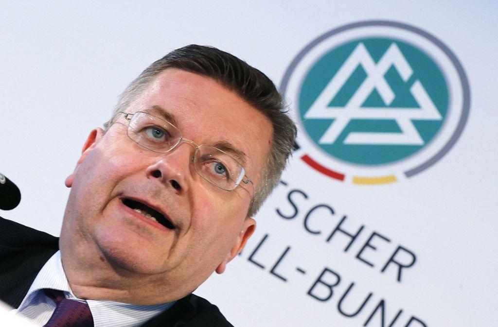 DFB-Präsident Reinhard Grindel Foto: AP