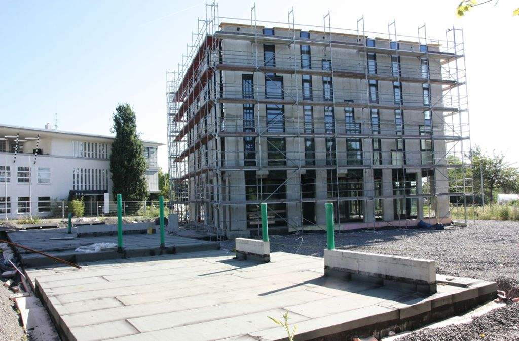 Beim Bau der Moschee in Leinfelden-Echterdingen ist es immer wieder zu Verzögerungen gekommen. Das Bild ist vom Juli 2019. Foto: Natalie Kanter
