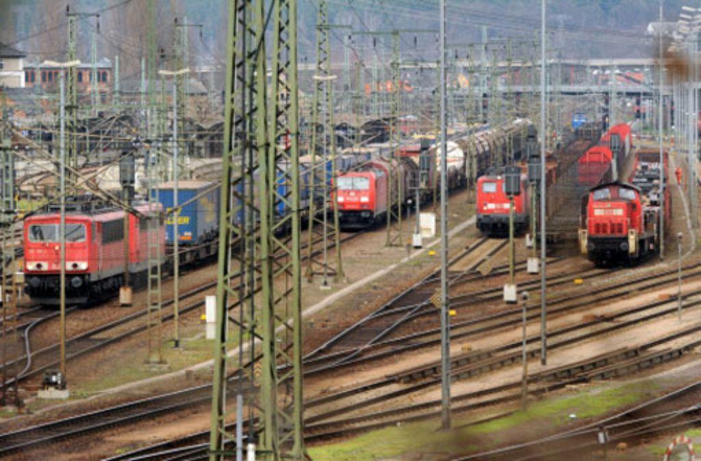 Inoffiziell räumt die Bahn Verzögerungen ein. Foto: dpa