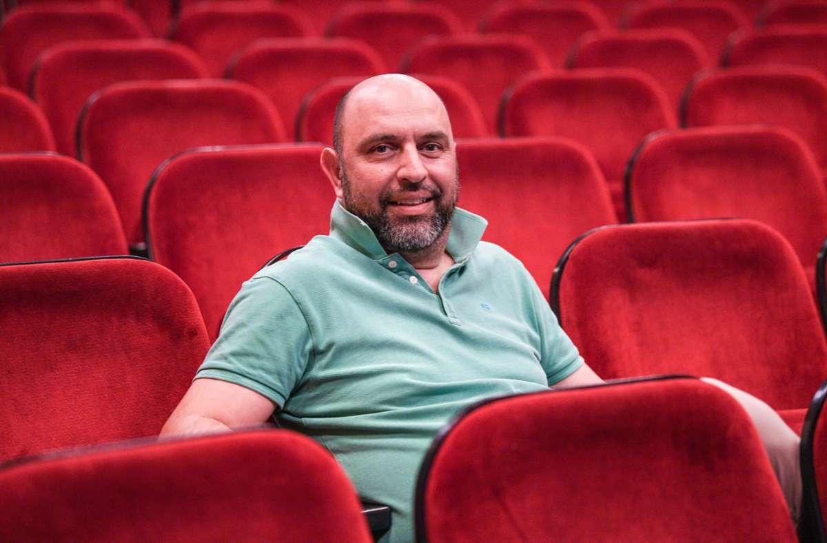 Serdar Somuncu hat seit Anfang September einen Podcast mit Florian Schroeder. Foto: AFP/FELIX KASTLE