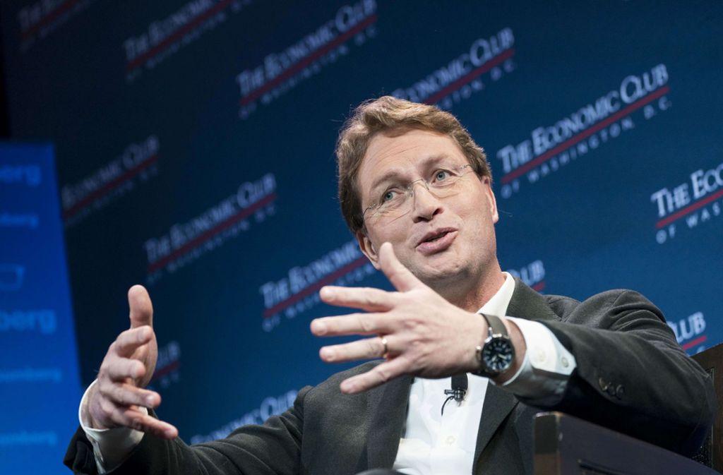 Daimler-Chef Ola Källenius spricht über die Zukunft des Unternehmens. Foto: AFP/Sarah Silbiger