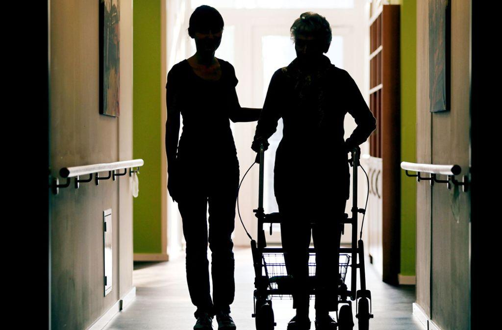 Mehr Personal in Pflegeheimen wird dringend benötigt. Foto: dpa