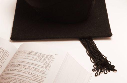 Rätselraten um einen  Doktortitel aus dem Ausland