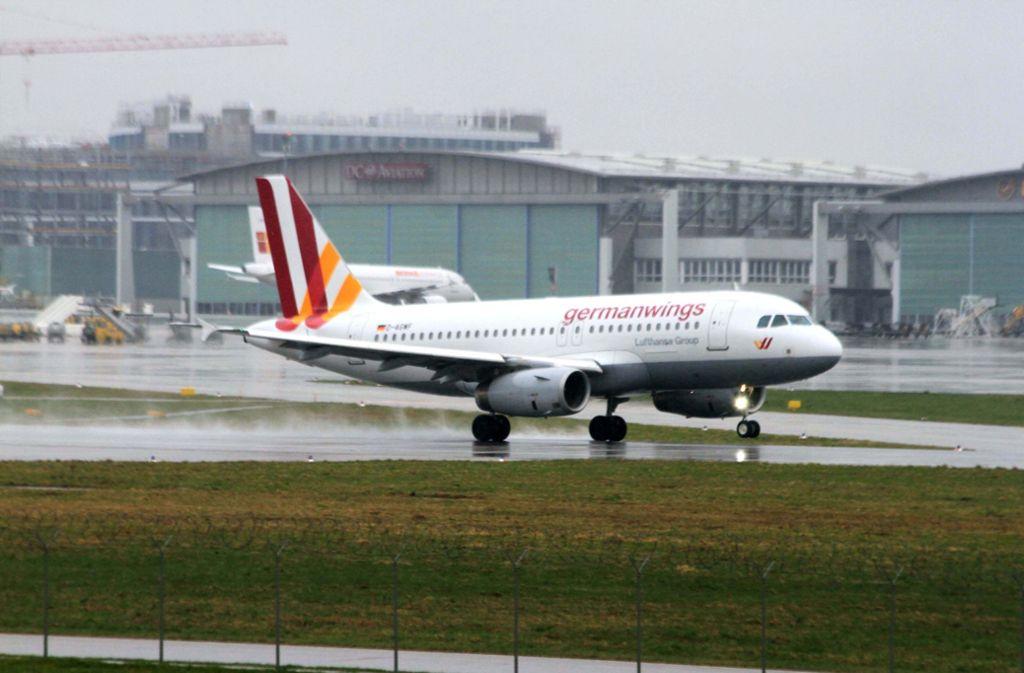 Trotz des Warnstreiks der Flugbegleiter bei den Lufthansa-Töchtern sollen am Stuttgarter Flughafen möglichst keine Flüge ausfallen. Foto: dpa/Andreas Rosar Agentur