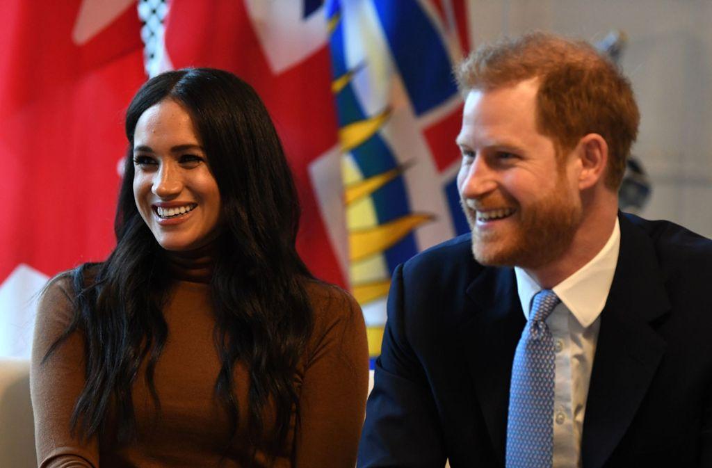 Ihr vorerst letzter Termin in Großbritannien: Herzogin Meghan und Prinz Harry im Kanada-Haus in London. Foto: dpa/Daniel Leal-Olivas
