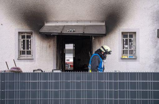 Frau und vier Kinder sterben bei Feuer-Tragödie
