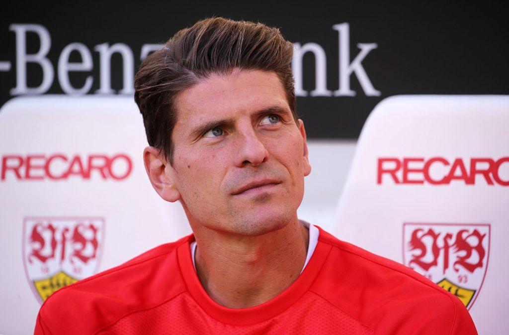 Mario Gomez will mit seinem Team gegen Hamburg eine Antwort auf die Niederlagen geben. Foto: Pressefoto Baumann/Julia Rahn