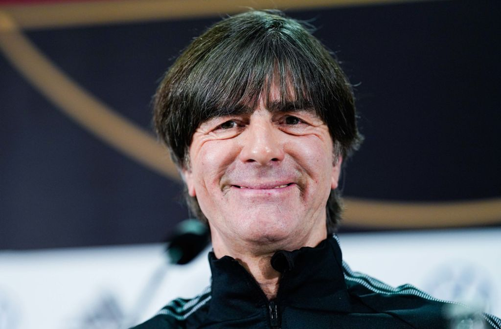 Joachim Löw feiert seinen 60. Geburtstag und der Bundestrainer denkt noch nicht an den Ruhestand. Foto: picture alliance/dpa/Uwe Anspach