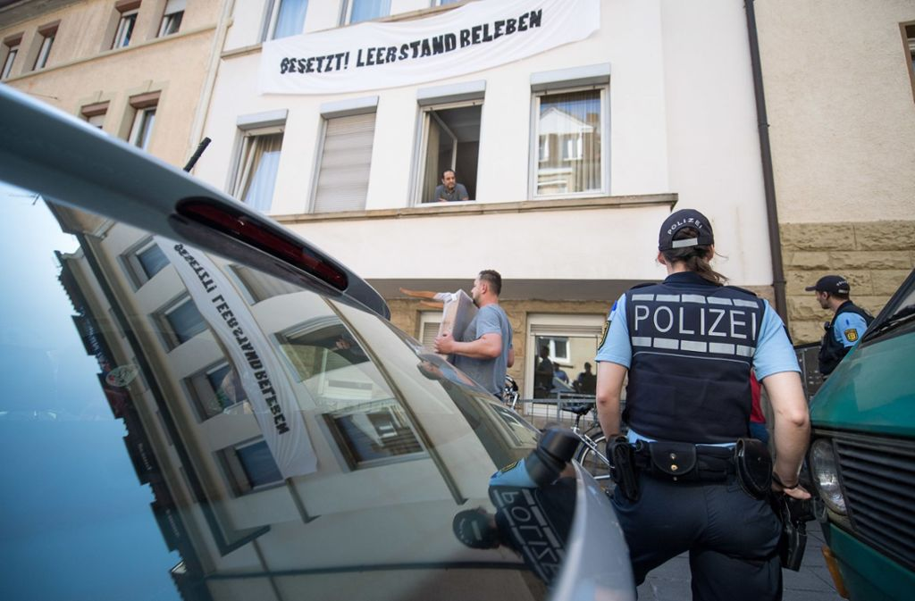 Polizeieinsatz in Stuttgart-Heslach Foto: dpa