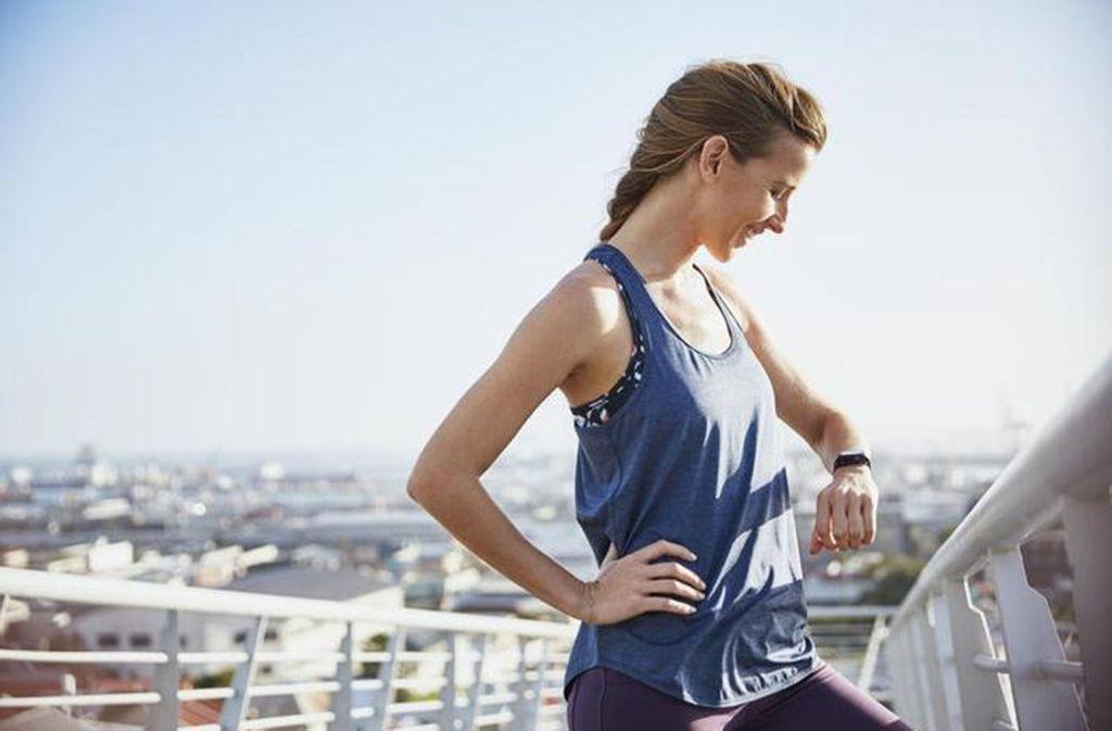 Ambitionierte Sportler können von Fitness-Trackern profitieren. Foto: www.mauritius-images.com