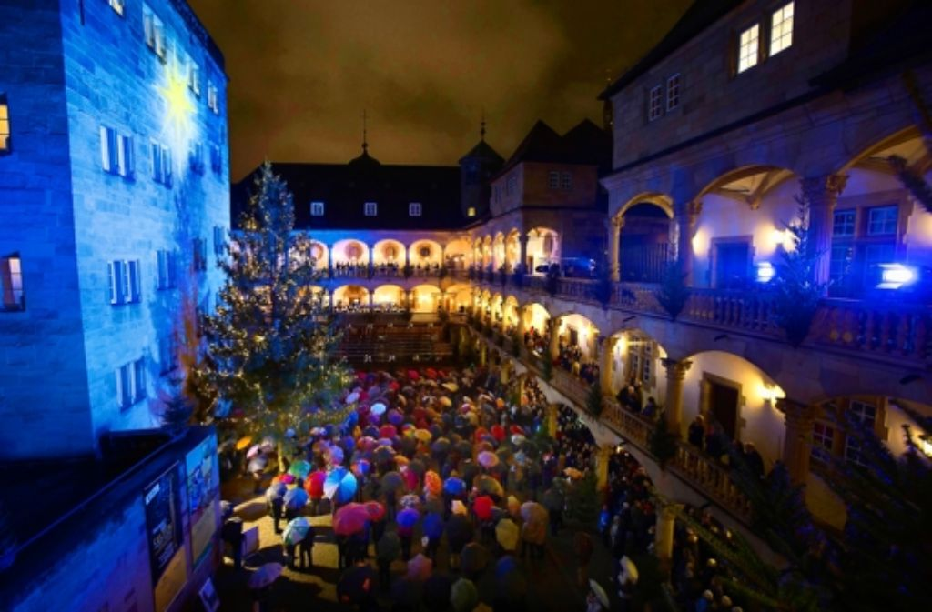 Am Mittwochabend ist der Weihnachtsmarkt eröffnet worden. Foto: Michel Steinert