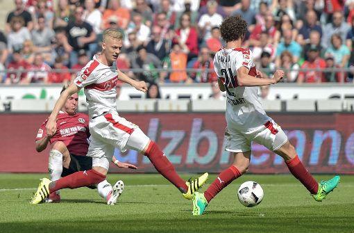 VfB verliert Spitzenspiel in Hannover