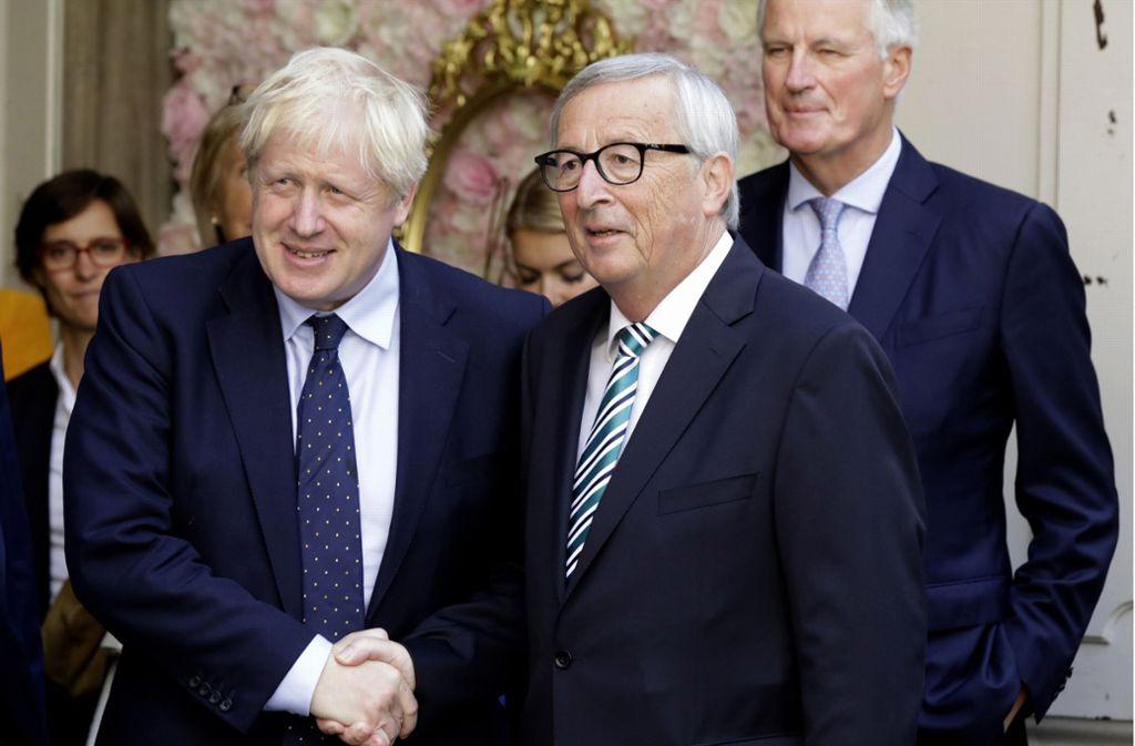 Boris Johnson (links) und Jean-Claude Juncker bei ihrem Treffen in Luxemburg. Foto: AP/Olivier Matthys
