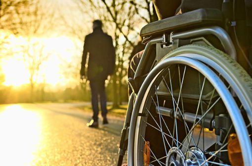 So sorgen Sie für den Pflegefall vor – auch bei Unfall und Krankheit