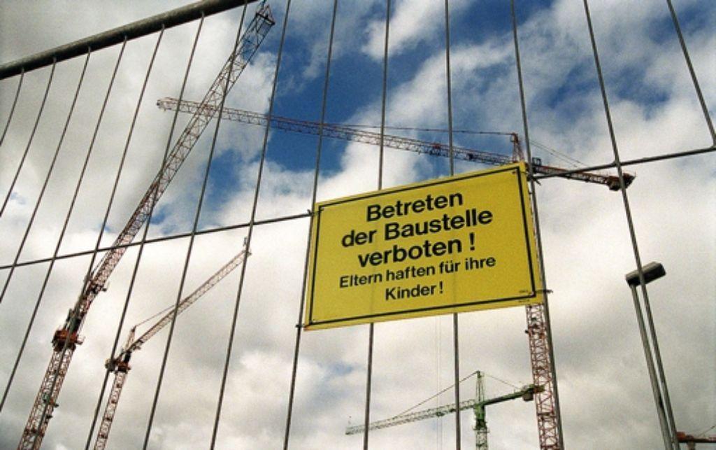 Über Stuttgart drehen sich wieder die Kräne. Foto: Weise