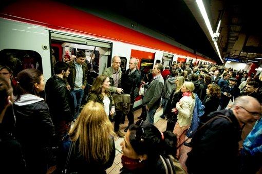 Bei der S-Bahn, dem  Rückgrat des Nahverkehrs,  häufen sich seit vielen Monaten   Pannen und Verspätungen. Foto: Lichtgut/Leif Piechowski