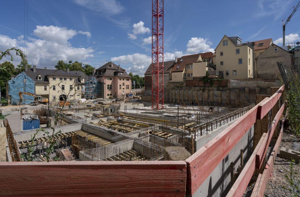Es wird auch in der Stadtmitte neu gebaut (hier am Kaffeeberg). Für die meisten Familien ist das aber unerschwinglich. Foto: factum/Weise