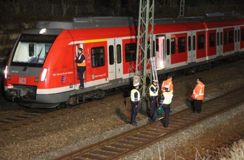 Ein Oberleitungsschaden an gleich zwei S-Bahnen in Stuttgart-Vaihingen sorgt im abendlichen Berufsverkehr für ein S-Bahn-Chaos. Foto: www.7aktuell.de