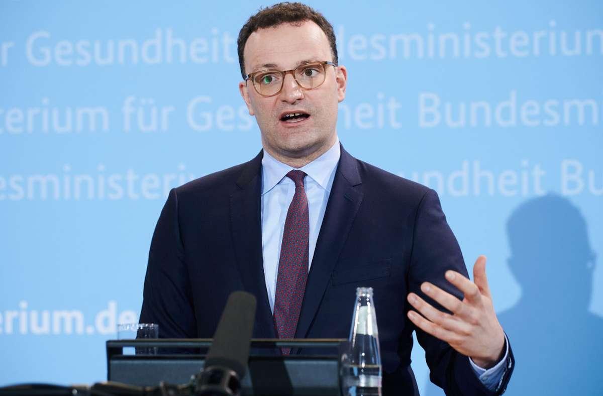 Gesundheitsminister Jens Spahn will mit dem Hersteller von Sputnik V einen bilateralen Vertrag über Lieferungen für Deutschland schließen. Foto: dpa/Annette Riedl