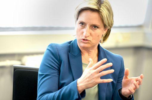 Hoffmeister-Kraut fordert Ausfallfonds für Messewirtschaft