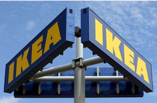 22-Jähriger wird an Ikea-Kasse niedergestochen