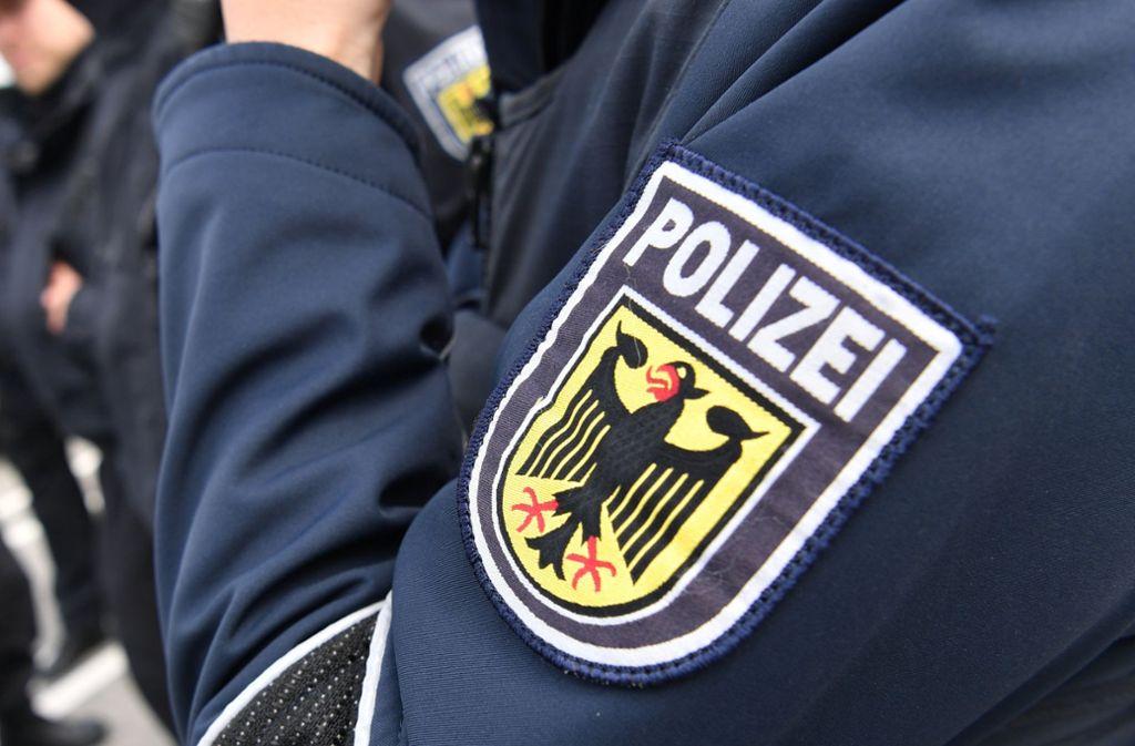 Die Polizei konnte die Identität eines toten Mannes noch nicht klären (Symbolbild). Foto: dpa