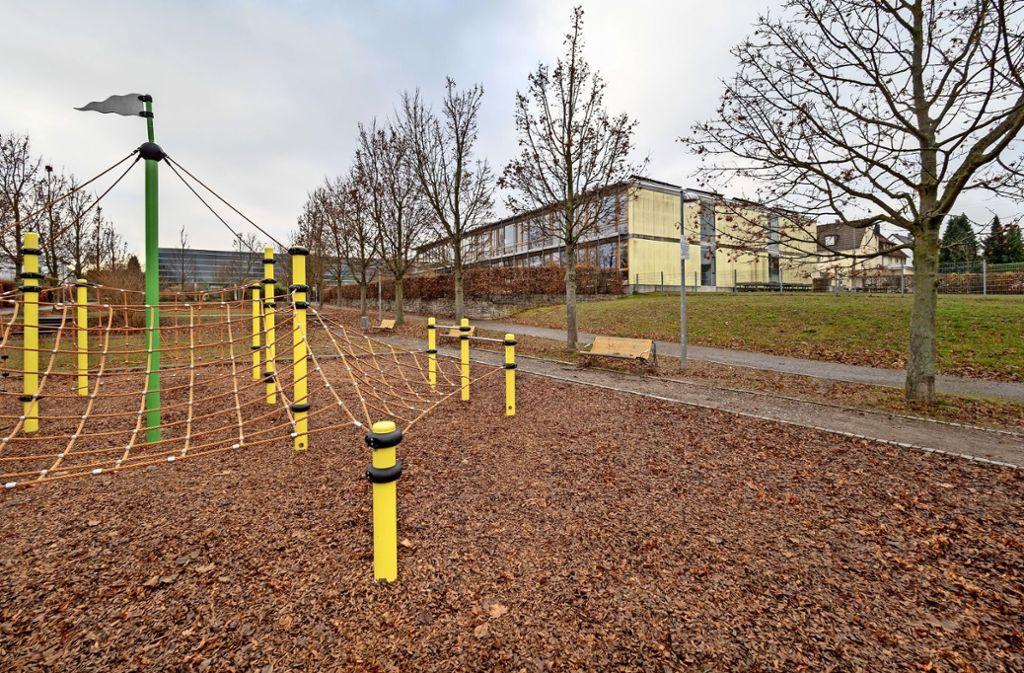 Bis zum Schuljahr 2022/23 soll die Oststadtschule einen Anbau mit Mensa haben. Foto: factum/Weise