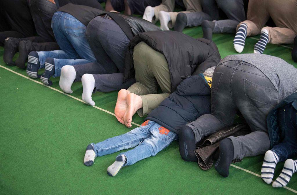 Die Zahl der Muslime in Deutschland wird von den meisten Deutschen zu höch geschätzt. Foto: dpa