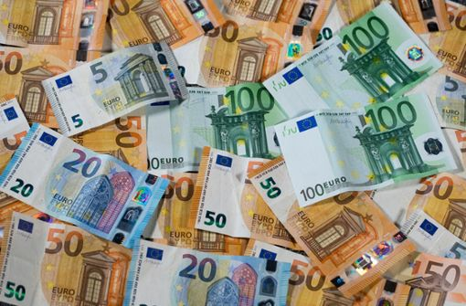 Euro gewinnt durch Schulden an Ansehen