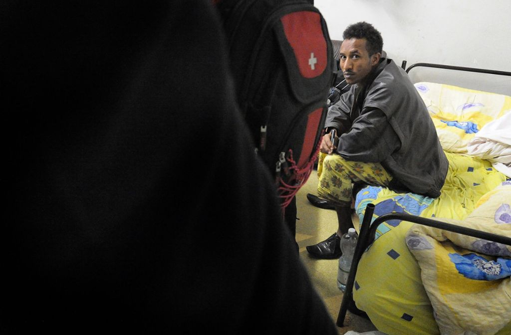 Für viele Flüchtlinge bedeutet eine Sammelunterkunft den Verlust jeglicher Privatsphäre. Foto: dpa