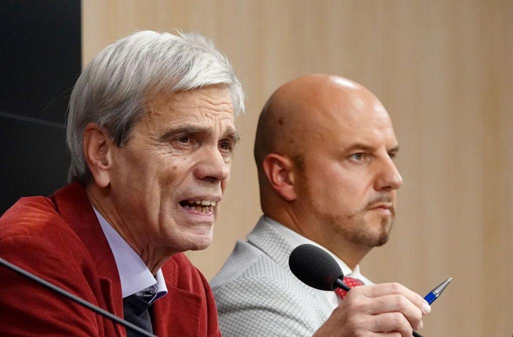 Bis Ende Januar von den Sitzungen im Landtag ausgeschlossen: Stefan Räpple und Wolfgang Gedeon Foto: dpa