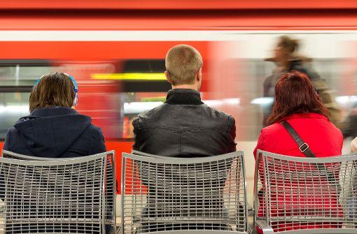 Bauarbeiten schränken Zug- und S-Bahnverkehr ein