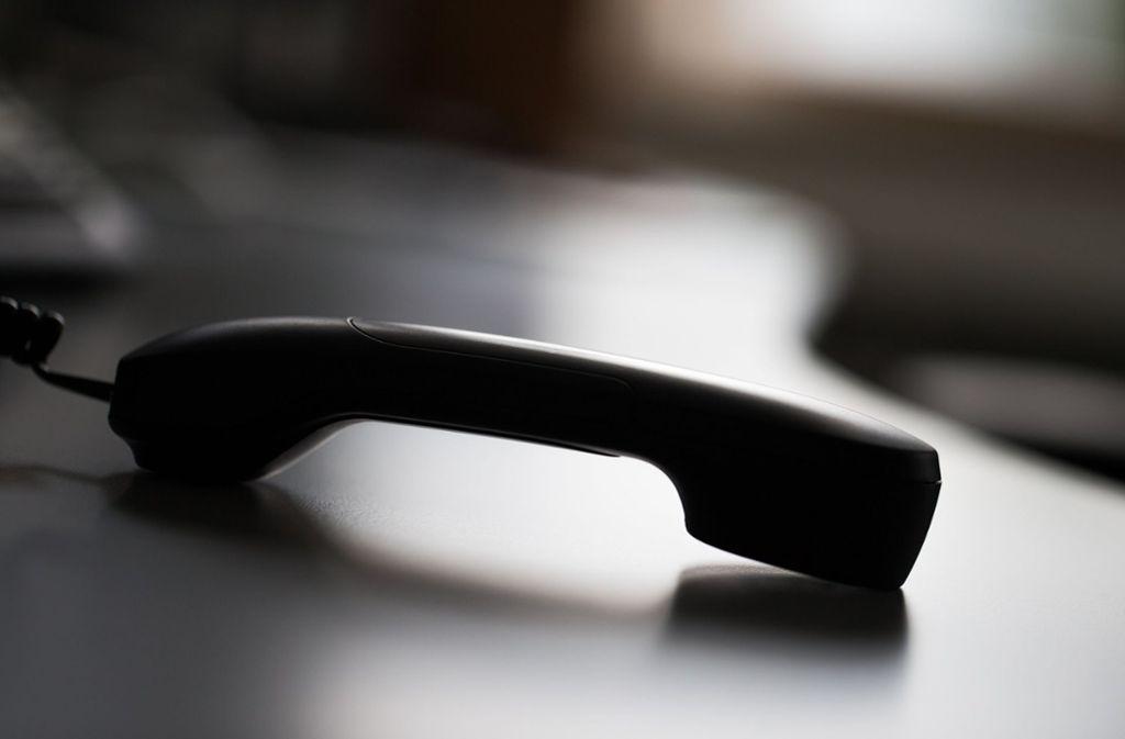 Oft geben sich Betrüger am Telefon als Enkel aus. Foto: dpa