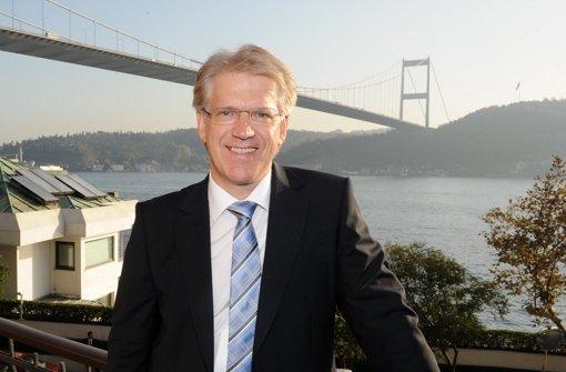 Firmenchef Dieter Manz  hofft auf den neuen Großaktionär aus China, um das  Solargeschäft endlich in Gang zu bringen. Foto: dpa