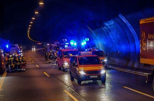 Tunnelröhren wegen Fehlalarmen blockiert