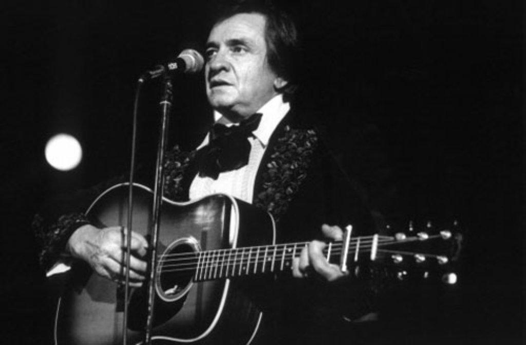 Country-Sänger Johnny Cash während eines Auftritts 1981 in Frankfurt. Foto: dpa
