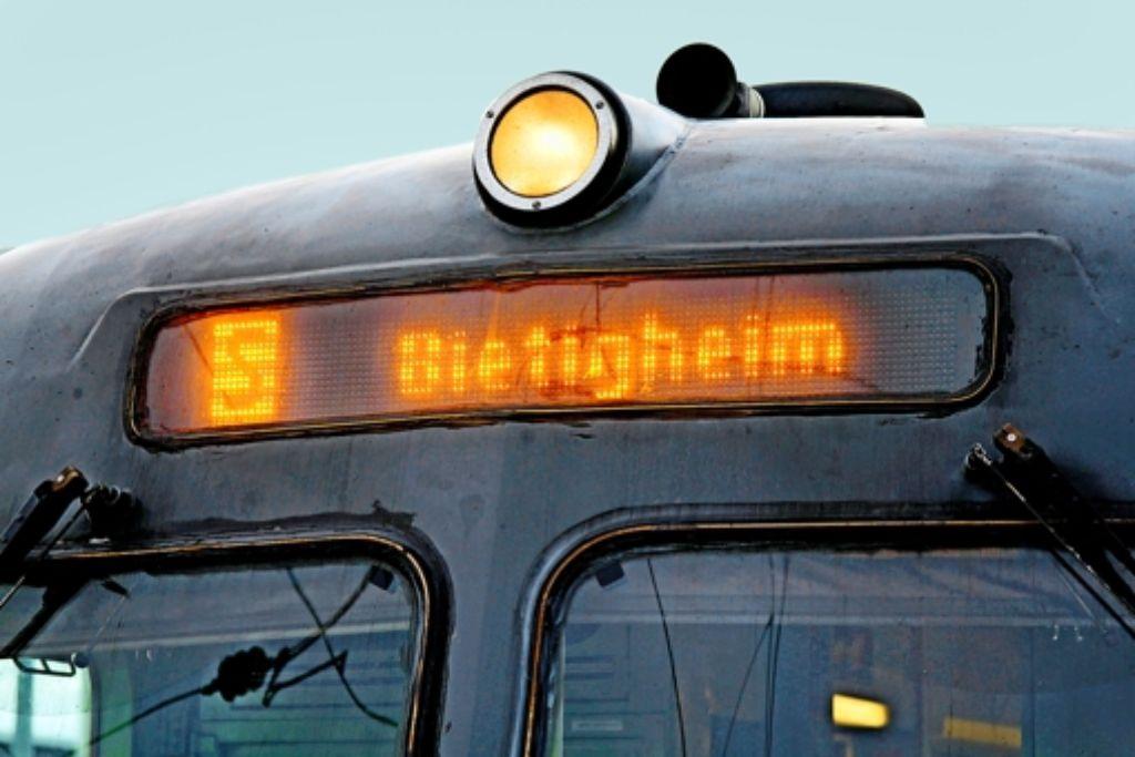 Noch fährt die S-Bahn-Linie 5 nur bis nach Bietigheim-Bissingen. Klappt der Ausbau, rollt sie bis nach Vaihingen. Foto: factum/Archiv