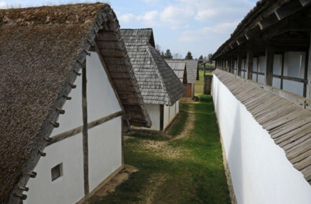 Die Nachbauten der keltischen Heuneburg bei Sigmaringen – die Gemeide Herbertingen hatte mit dem Museum zuletzt Verluste eingefahren. Foto: dpa
