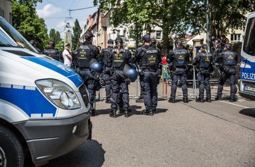 Fragen zum Polizeieinsatz bei AfD-Demo