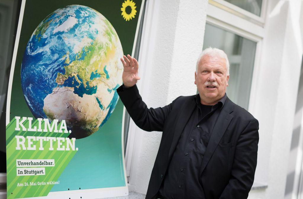 Die Erde im Blick: Grünen-Spitzenkandidat Andreas Winter Foto: Lichtgut/Christoph Schmidt