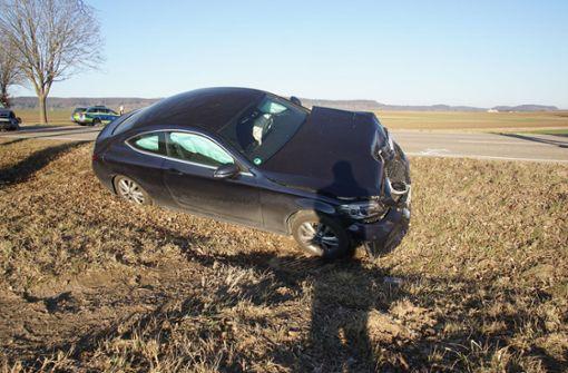Zwei Schwerverletzte nach Unfall an Feldwegkreuzung